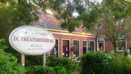 10x bijzonder overnachten in Groningen, De Theaterherberg Warfhuizen
