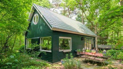 7x leuke Airbnb boshuisjes in Nederland, Boshuisje Dalfsen