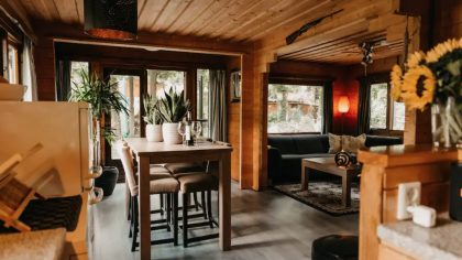 Cozy and romantic forest house Putten