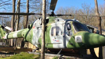 Slapen in een helikopter, camping Land uit Zee