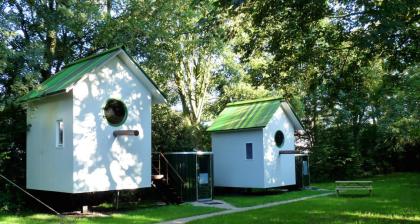 Bijzonder overnachten met kinderen in Nederland, vogelhuisje Camping De vreemde Vogel, Vlaardingen