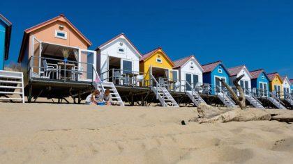 Bijzonder overnachten met kinderen in Nederland, strandhuisje Roompot Strandpark Zeeland, Vlissingen