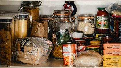 10 producten die niet mogen ontbreken in je voorraadkast