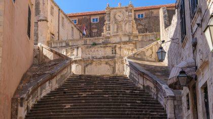 Jesuit Staircse, Dubrovnik walk of shame